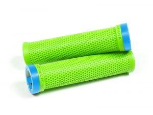 SIXPACK M-TRIX przykręcane chwyty na kierownicę zielone + kolorowe obejmy